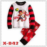 "Regular Unisex Robe new 2013 ""Caluby"" Boys Girls autumn -summer Lycra Pajamas Children Clothing sets red pirate boy Pyjamas X-042"
