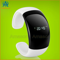Wholesale stylish Bluetooth Bracelet Smart Watch with Call ID Display Answer Dial For Samsung iphone Android Smart Phone Bluetooth Bracelet