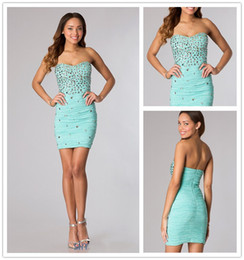 Wholesale Glittering Crystal Beaded Sexy Homecoming Dresses Strapless Fitted Cocktail Dresses Short Slim Party Dresses Mini Prom Dresses Custom