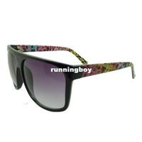 Wholesale stylish suit sunglasses temples simple and stylish sunglasses for men and women the same paragraph style