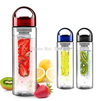 Wholesale sports fruit water bottle Tritan plastic cup outside sport lemon emperorship fruit cup