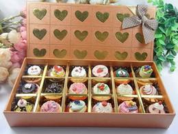 Wholesale Hot seling color bottom lovely cupcake gift Makeup Lip Balm gloss g