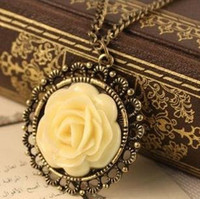 Pendant Necklaces Women's Romantic N158 Elegant Vintage Cream Rose Disk Pierced Lace Necklace wholesale AB