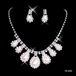 Wholesale Silver Pearl Bridal Sets - 2015 Fashion Cheap In Stock 15040 Elegant Wedding Bridal Prom Rhinestone Pearlsl Jewelry Necklace Earring Set Silver-Plated Lobster clasp