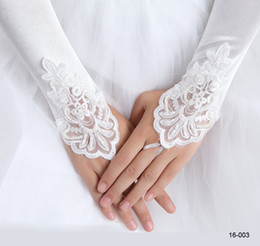 Wholesale 2014 White Ivory Beaded Applique Lace Fingerless Bridal Gloves Cocktail Gloves In Stock