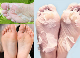 Wholesale foot care peeling mask vinegar remove dead skin foot skin smooth exfoliating feet mask hot sale