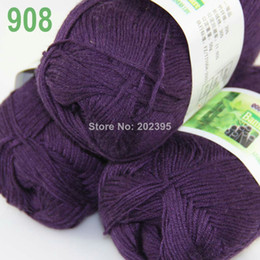 Wholesale of skeins Soft Natural Smooth Bamboo Cotton Yarn Knitting Purple