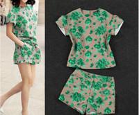 Wholesale Best selling Summer Casual Ladies Suits Classic Flower Flouncing Top Shirt Short Pants Suits Korean Fashion Style M0162