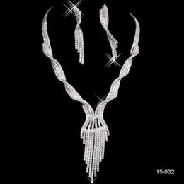 Bling Nupcial Joyería Cristal Rhinestones Bride Prom Boda Joyería Fija 2016 Collar Pendientes Pendientes Accesorios Nupciales 15032