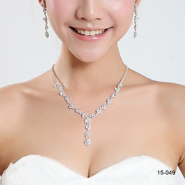 Wholesale Modest Bridal Jewelry Crystal Rhinestones Bride Prom Bridesmaid Wedding Jewellery Sets Necklace Drop Earrings Bridal Accessories Cheap