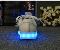 2014 venta caliente de los zapatos ocasionales para los amantes de la única recargable USB luminosa luz de cuero envío libre puro LED