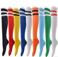 al por mayor años de edad bailando-12pairs / lot promocionales 7-12 años old boys dos rayas calcetines de fútbol danza del niño de cañón de la media calcetín fino de los deportes niños de punto