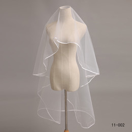 Wholesale Hot Sale Layer Ivory Satin Ribbon Edge Accessories Women s Veils Bridal Tulle comb Bridal Veil