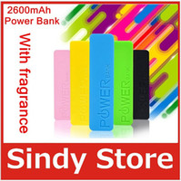Power Bank Universal For US perfume Power Bank 2600mah Portable Charger Backup External Battery for iPhone 4 5 5S 5C Samsung Galaxy s3 s4 mobile Phone Color Charging