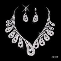 High Quality 2014Hot Vente Womens nuptiale pageant de mariage strass Boucles d'oreilles collier ensembles de bijoux