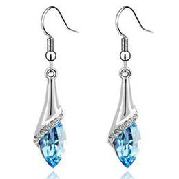 Wholesale Fashion Austria Crystal horse eye stone earrings