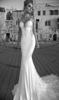 Cheap New Arrival Sexy Mermaid Wedding Dresses Sweetheart Backless Sleeveless Floor Length Watteau Stretch Satin Lace Applique Beaded Bridal Gowns
