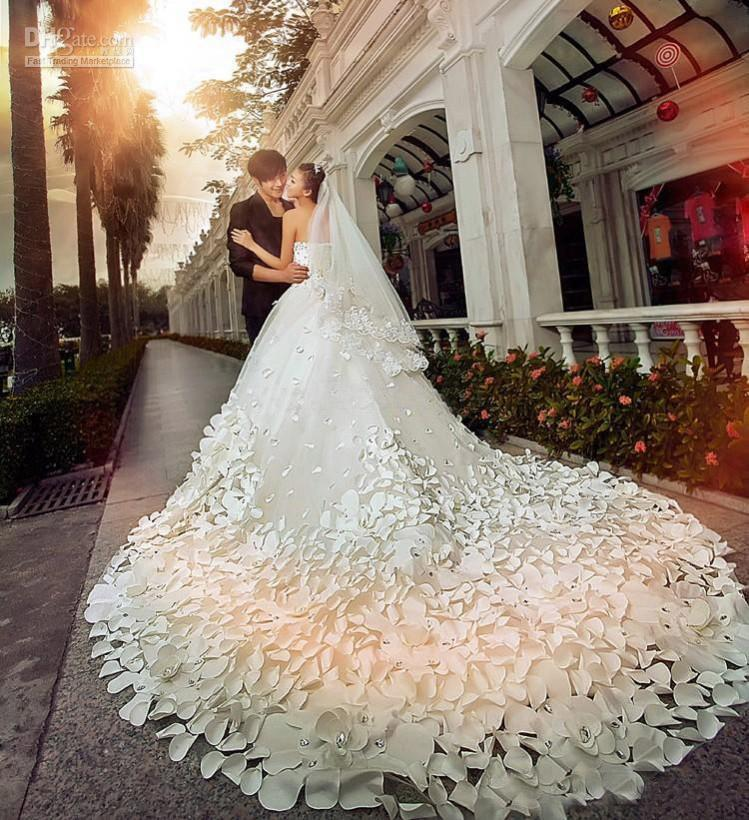 Discount 2015 New Luxury Wedding Dresses With Sweetheart Crystals ...