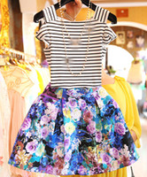 Wholesale New Arrival Sexy Off shoulder For Big Girls Stripe Set Lady s Short Sleeve Tops Tutu Skirts Sets Girl Flowers Short Skirt Suit H1044