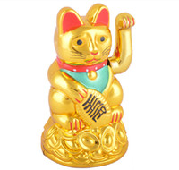 Wholesale Lucky Gold Cat Maneki Neko Electronal Powered Waving Lucky Cat Feng shui cat Fortune cat Plastic toy cat