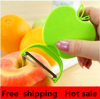 Wholesale Foldable Apple shaped fruit peeler fruit peeler potato peeling knife planers planing gifts