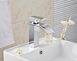 Wholesale And Retail Modern Waterfall Spout Basin Faucet Single Handle Mixer Tap Deck Mounted