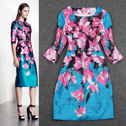 Wholesale New Arrival Autumn Women s Sleeves Printed Straight Floral Elegant High Street Dresses