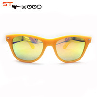 Wholesale direct selling promotion adult wayfarer unisex polarized acetate green polarized sunglasses wooden sunglasses