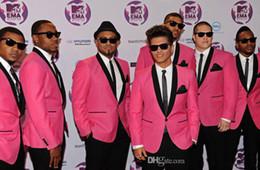 2015 Traje Pink Party novio esmoquin trajes formales del padrino de boda Traje Niños Traje (Jacket + Pants + Tie + camiseta) Traje Novio Traje de moda pink formal tie deals desde lazo formal de color rosa proveedores