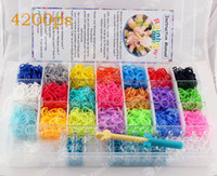 Wholesale 2014 Rainbow loom kit clear plastic box for Kids DIY bracelets wrist rubber bands with ps rubber bands clips hook FERR DHL