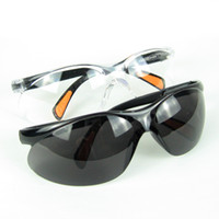 Wholesale New Style Safety Goggles Safety Glasses Eyewear Labour Protection Appliance Black And White Free Shipment