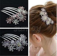 Wholesale Elegant Fashion Crystal Rhinestone Flower Pattern Wedding Barrette Bridal Tuck Hair Styling Comb Hair Pin Clip
