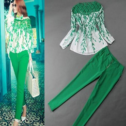 2018 spring Models With Models Of European And American Women Jumpsuit Lace Stitching Printed Chiffon Shirt + Pencil Pants Suit