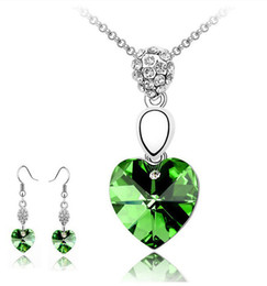 Wholesale - Austrian heart crystal jewelry set sterling silver jewelry set with diamonds necklace and a pair of earrings Swarovski Crystal