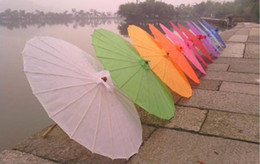 Wholesale Hot Sale Handmade Polyester Wedding Parasols Wood Handle Chinese Sun Umbrellas For Women