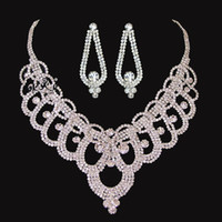 best cheap ornaments - Best Selling Bling Crystal Tiaras Necklace And Earrings Cheap Wedding Accessories Bridal Ornaments Jewelry DL1312808