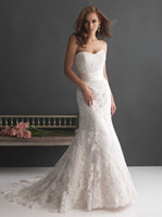 Wholesale Hot High Quality A Line Wedding Dresses Sweetheart Neckline Covered Button Floor Length Tull Material Gowns with Lace Applique Sash