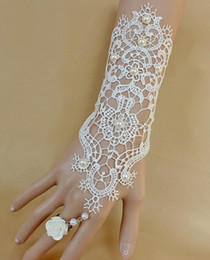 Wholesale Hot Elegant and Gorgeous Wedding Bridal Lace Glove with Ring White Red Princess Party Decoration