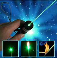 Wholesale Funny Beauty nm Professional Powerful Green Laser Pointer Pen Lazer Light with Battery Retail Box Focus Burning Wood Matchs