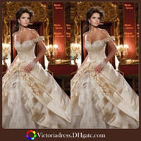 Wholesale In Stock Ball Gown Champagne Wedding Dresses One Shoulder Handmade Flower Floor Length Handwork China New Arrivals Bridal Gowns