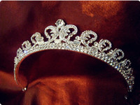Wholesale 2014 Vintage Kate Princess Bride Crown Bridal Jewelry Tiaras amp Hair Accessories With Pearls and Rhinestones Flowers Shinning Stunning