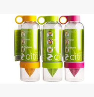 Wholesale Citrus Zinger Fruit Infusion Water Bottle Citrus Zinger Water Bottle with Citrus Juicer Lemon cup