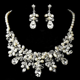 Wholesale 2014 Gorgeous Silver Clear Crystal Ivory Freshwater Pearl Necklace Earring Set Bridal Jewellery Set