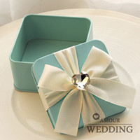 paper plate holders - High Quality Tin Plate Pink Blue Color Candy Boxes Square Big Diamond Ribbon Wedding Favor Holder Gift Boxes a