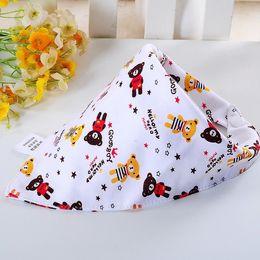Wholesale Cotton Bibs Toddler Reversible Bandit Bandana Dribble Baby Car Triangular Bibs Burp Cloths Button Newborn Baby Y
