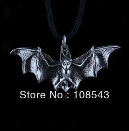 Wholesale fashion bat pendant necklace jewelry xmy113