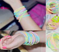 Wholesale 200PCS Fashion Glow in the dark Jelly bracelet Noctilucent Wristbands Luminous Silicone bracelets Girls Women Sports Wristband