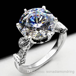 Wholesale - 925 Sterling Silver 18k White Gold Plated 4ct NSCD Synthetic Diamond Women Wedding Ring Classic Jewelry Engagement Free Shipping