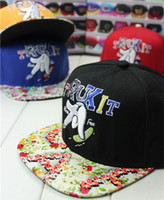 Wholesale 2014 Korean version of the new Floral finger skateboard hip hop cap baseball cap embroidered letters STAR