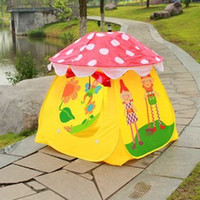 Cheap Children game house toy baby playing outdoor indoor portable girls boys lovely cartoon mushroom tent kids christmas gifts